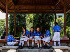School girls in Klunkung (TravelJournals) Tags: travel blue people bali canon indonesia funny asia happiness felicidad schoolgirls 6d