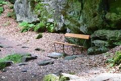 Bankje in Luxemburg (Nicolette Vermeulen) Tags: nature seat natuur bank luxembourg luxemburg bankje rotsen