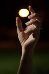 Day 179 (rendezvousnu) Tags: depthoffield depth sun luminous luminate streetlight lamp hands focus outdoor project365 projecteulalie eulalie