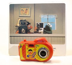 Ernie on photography (toycamera gallery) Tags: toy toycamera sesamestreet ernie