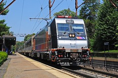 NJTR 4652 @ Short Hills, NJ (Adrian Corus) Tags: new train nj rail line hills short transit jersey morristown alp njt 4652 alp46 njtr alp46a