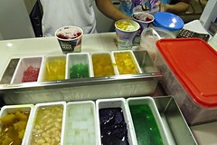 halo halo (mix mix) (DOLCEVITALUX) Tags: ice fruits dessert philippines halohalo shavedice mallofasia mixedtogether