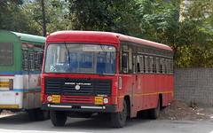MSRTC Brand New Parivartan Resting at Shirdi Bus stand (gouravshinde94) Tags: msrtc parivartan ashokleyland shirdi bus panvel