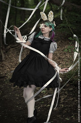 White Ribbon (gloomth) Tags: daisies forest models rope dresses ribbon tied frilly gloomth