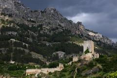 The Fortress Of Cazorla (MykReeve) Tags: park espaa mountain castle wall nationalpark spain fort andalucia andalusia cazorla yedra layedra cazorlanationalpark