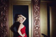 (Corinna Dumat) Tags: red portrait woman sexy girl beautiful beauty fashion marilyn photography amazing nikon fotografie dress lips leipzig blond blonde monroe shooting trend frau mode mdchen schnheit rote lippen kleid weiblich schn fashionshooting