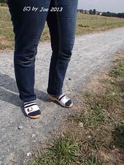 P8244120 (Bluemscher) Tags: beautiful socks sox socken barefeet klompen sabots zuecos zoccoli b100 exercisesandal holzschuhe holzschuh berkemann holzklepper holzclogs exercisesandals zoggeli holzlatschen soeckchen gymnastiksandale holzsandale holzpantoffel modellhamburg holzklappern holzklepperle