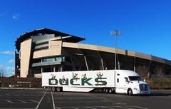 SemiDuck 1 (Wolfram Burner) Tags: school college oregon campus football university stadium transport ducks semi eugene uo wheeler trucks 18 burner uofo universityoforegon rigs uoregon autzen wolfram