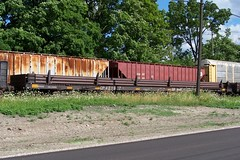 CP 421907 work service rail carrier flatcar Woodstock, Ontario Canada 07202007 ©Ian A. McCord (ocrr4204) Tags: railroad ontario canada train wagon kodak rail railway pointandshoot canadianpacific mccord cp woodstock cpr cprail z740 freightcar ianmccord ianamccord