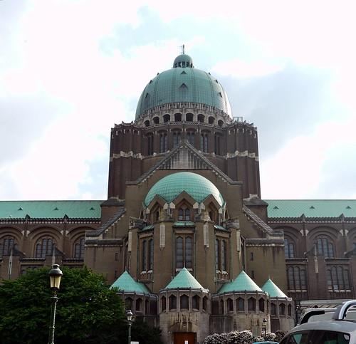 Koekelberg, Bruxelles, Belgique: la basilique du sacré Coeur, sixième plus grande église du monde.