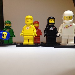Lego Space Minifigures Vintage with Benny and Pete (Moro972) Tags: blue red white black verde green classic yellow vintage square toys lego blu space giallo pete benny 80 rosso bianco nero 4s quadrato iphone 2015 minifigures