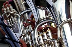 Anglų lietuvių žodynas. Žodis saxhorn reiškia n sakshornas (muz. instrumentas) lietuviškai.