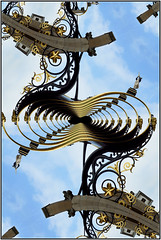 Clock abstraction ... (Colink321) Tags: abstract mcescher droste cityofyork mathmap sonya77 colink321 ©colinkirkwood2015