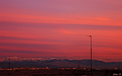 Amanecer (photoschete.blogspot.com) Tags: madrid red sky mountains clouds canon eos dawn rojo amanecer cielo aurora nubes montañas alcorcon 70d breakingdawn