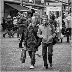 Gall & Gall (John Riper) Tags: street city friends people bw white black men netherlands monochrome john shopping square photography mono rotterdam zwartwit map pigeon dove streetphotography saab elie gall jcdecaux vierkant straatfotografie gallgall riper johnriper