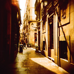 Gothic Street (JoetheLion) Tags: barcelona españa lomo xpro crossprocessed spain diana dianaf