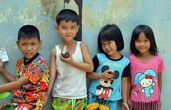 children (the foreign photographer - ) Tags: friends portraits children thailand four nikon bangkok khlong bangkhen thanon d3200 may72016nikon