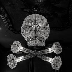 Skull and crossbones lighting (802701) Tags: holland skull thenetherlands denhaag escher thehague mcescher