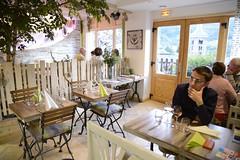 intrieur d'un restaurant (lejardindejosephine) Tags: montagne savoie lesmenuires tarentaise les3vallees saintmartindebelleville savoiemontblanc