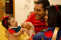 Branca de Neve (Renato Aureliano) Tags: snowflake family baby smile familia princess babygirl beb sorriso brancadeneve bebmenina