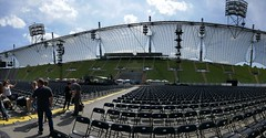 Before Soundcheck #2 (NM_Pics) Tags: munich mnchen paul beatles olympicstadium mccartney paulmccartney olympiastadion oneonone