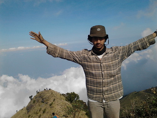 "Pengembaraan Sakuntala ank 26 Merbabu & Merapi 2014 • <a style=""font-size:0.8em;"" href=""http://www.flickr.com/photos/24767572@N00/27129690246/"" target=""_blank"">View on Flickr</a>"