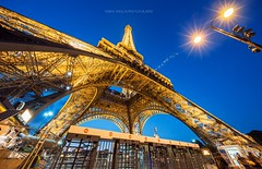 Eiffel Tower in Paris (Thien Thach   01678530980) Tags: paris tower cityscape eiffel bluehour thienthachphotography