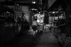 L1010078 (Hoichen) Tags: leica night hongkong blackwhite 28mm snapshot snap jordan summilux asph yaumatei f17 leicaq typ116