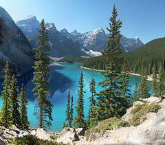 Moraine Lake, Banff National Park, Alberta, Canada - ICE(1)4705-84 (photos by Bob V) Tags: panorama lake mountains rockies banff rockymountains mountainlake moraine banffnationalpark morainelake canadianrockies banffalberta banffpark banffalbertacanada mountainpanorama