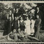 Archiv E770 Familienfoto nach Kriegsbeginn, 1940 thumbnail