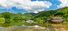 Vagli Sotto (Mirko Chessari) Tags: travel italy lake mountains green nature it toscana vagli lakescape fontanadellemonache