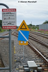 Portlaoise, 18/6/16 (hurricanemk1c) Tags: irish signs train rail railway trains railways irishrail pw portlaoise 2016 iarnrd ireann iarnrdireann speedrestrictions