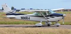 Cessna 182 N90DJ Lee on Solent Airfield 2016 (SupaSmokey) Tags: lee solent cessna airfield 182 2016 n90dj
