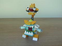 LEGO MIXELS SKRUBZ SPUGG MIX or MURP? Instructions Lego 41570 Lego 41542 (Totobricks) Tags: make mix lego howto instructions build medix series5 murp 41570 series8 41542 mixels legomixels totobricks lixers spugg lego41542 skrubz lego41570