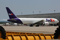 N102FE | Boeing 767-3S2FER | FedEx (cv880m) Tags: newark ewr kewr liberty newarkliberty n102fe boeing 767 763 767300f 7673s2f fedex federalexpress freighter aircargo theworldontime