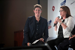 Sally Kohn & Joanne Bamburger (Gage Skidmore) Tags: california paul michael center sally convention pasadena davis wendy joanne alison murphy begala 2016 grimes kohn bamber lundergan politicon