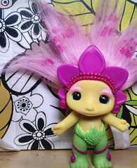 Daisy-May Zelf (Lawdeda ) Tags: new movie toy tuesday about cuteness trolls zelf flowery daisymay obsessing picmonkey