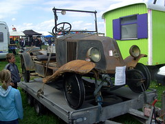 1924 Renault NN (Davydutchy) Tags: show holland classic netherlands car festival project may renault oldtimer restoration friesland nn 1924 dehaan frysln evenement 2013 hoornsterzwaag