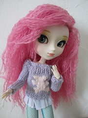 Pull nounours (Carlyne♥) Tags: pull tricot outfit doll handmade may homemade wig groove pullip custo customisation xiaofan collant obitsu junplanning rewigged carloche