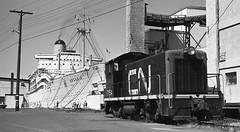 SS Arcadia, Victoria, BC (R R Horne) Tags: cn bc victoria arcadia cnr ogdenpoint fav10 7154