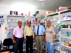 "Eine Apotheke in Alqosh • <a style=""font-size:0.8em;"" href=""http://www.flickr.com/photos/65713616@N03/9306385943/"" target=""_blank"">View on Flickr</a>"