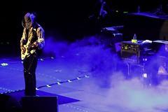 (Aaron Montilla) Tags: ny luz canon de rebel 1 la december rockroll 75300 historia instrumental diciembre cpl anfiteatro 4000 stevevai 2013 aaronmontilla centrosambil t1i thestoryoflight sambilcentre tarimaa
