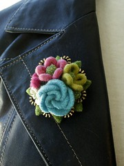 Waiting for Spring!! (woolly  fabulous) Tags: flowers roses wool daisies pin recycled brooch felt zipper posy woollyfabulous