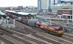 66164 at Cardiff Central. 1/3/14 (Nick Wilcock) Tags: wales steel cardiff railways dbs stdavidsday margam class66 ews cardiffcentral llanwern 66164 dbschenker 6b67
