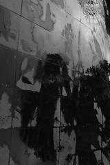 (Nenettus) Tags: rain silhouette noiretblanc ombra pluie ombre shade