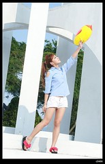 nEO_IMG_DP1U7176 (c0466art) Tags: show light portrait baby white cute girl beautiful lady female canon happy jump eyes energy asia pants sweet taiwan short attractive alive cheer lovely charming ourdoor goegeous 1dx  c0466art