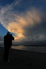 Storm (N I C K ......1 8 2 8) Tags: shadow sea people italy tramonto nuvole mare wind wave vento onde cupramarittima nick1828