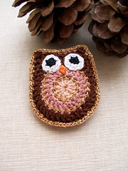 Owl (LindaLejn) Tags: brown gold handmade brooch crochet jewelry gift owl accessories etsy owlbrooch crochetbrooch lindalejn