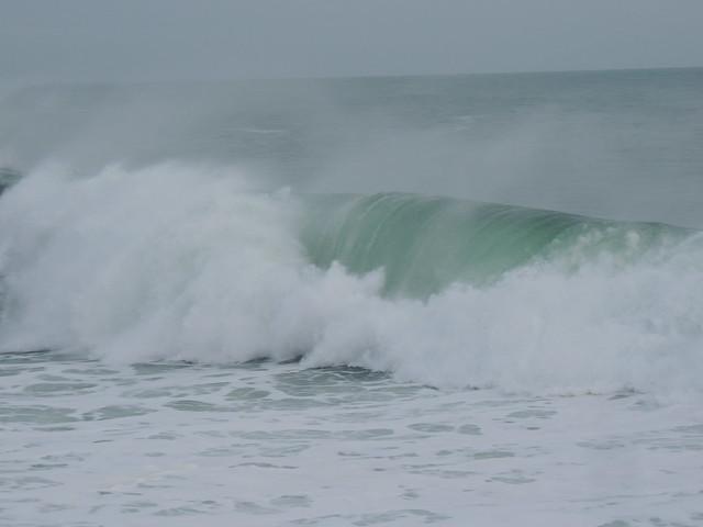 Breaking wave - Winter 2015