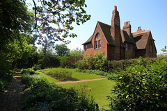 IMG_1021 (charles.edmondson) Tags: redhouse bexley williammorris